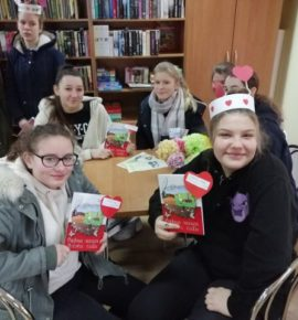 Walentynkowa wizyta w bibliotece